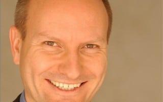 Periodontist Dr. Nicolas Ravon