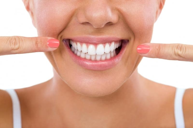 Spray-on treatment to fix receding gums